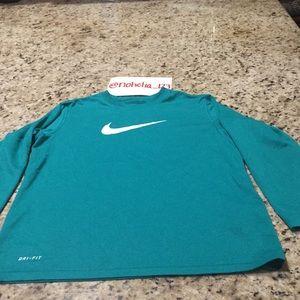 Boys Nike long sleeve